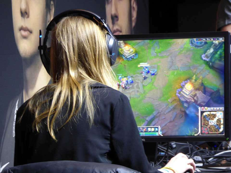 What Online Gaming Communications Can Teach VoIP